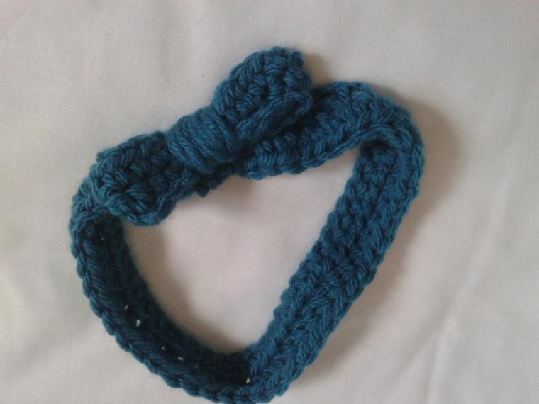 small bow headband