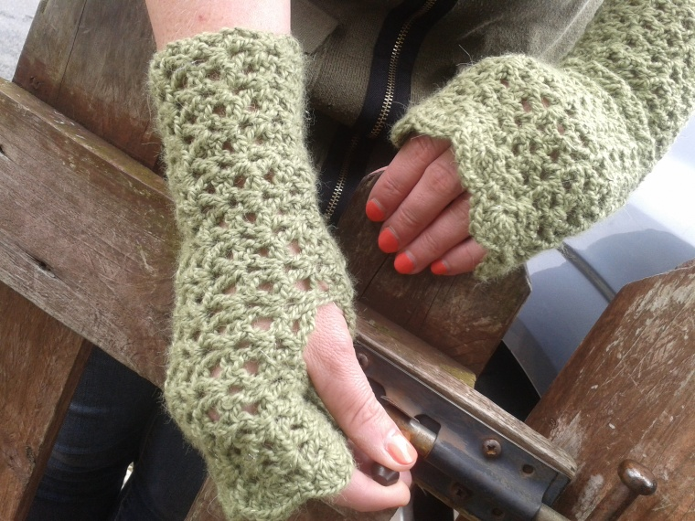 fingerless wristwarmers