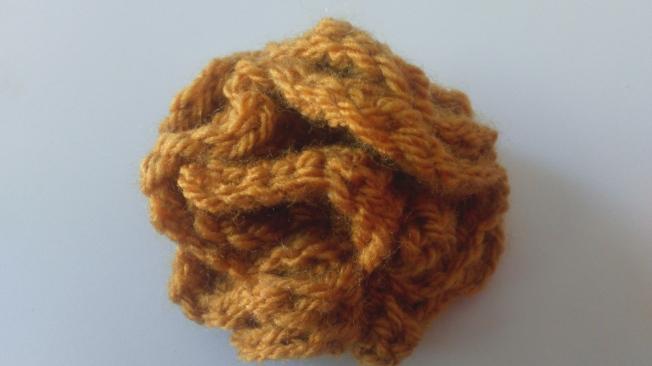 Crochet Stitch Yrh : marigold flower - ayarnyrobin