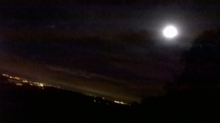 A fleeting glimpse of the super moon...