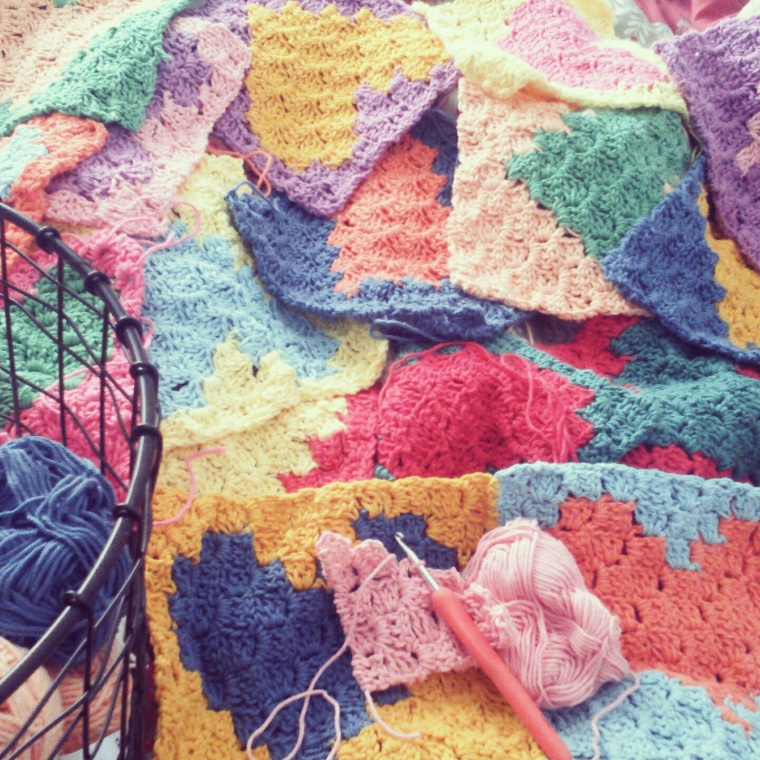 C2C crochet baby blanket, crochet heart squares in paintbox cotton yarn