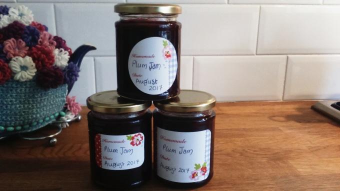 homemade summer plum jam
