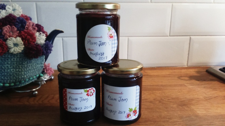 homemade summer plum jam