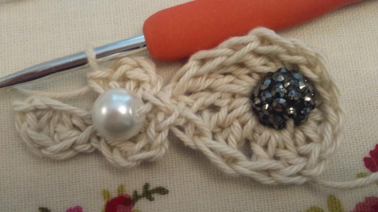 crochet barefoot sandal, free pattern by ayarnyrobin
