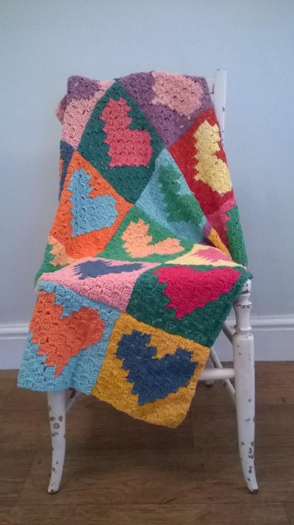 C2C crochet blanket, afghan, corner to corner technique,crochet love heart squares, totally smitten