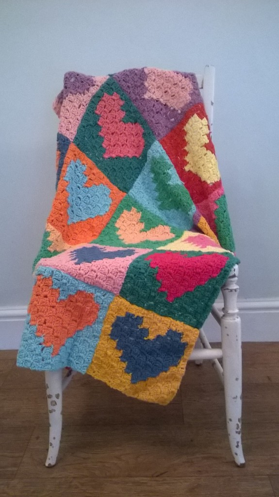 C2C crochet blanket, afghan, corner to corner technique,crochet love heart squares, totally smitten