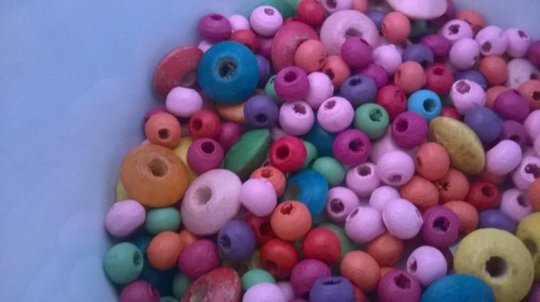 ayarnyrobin,beads and crochet