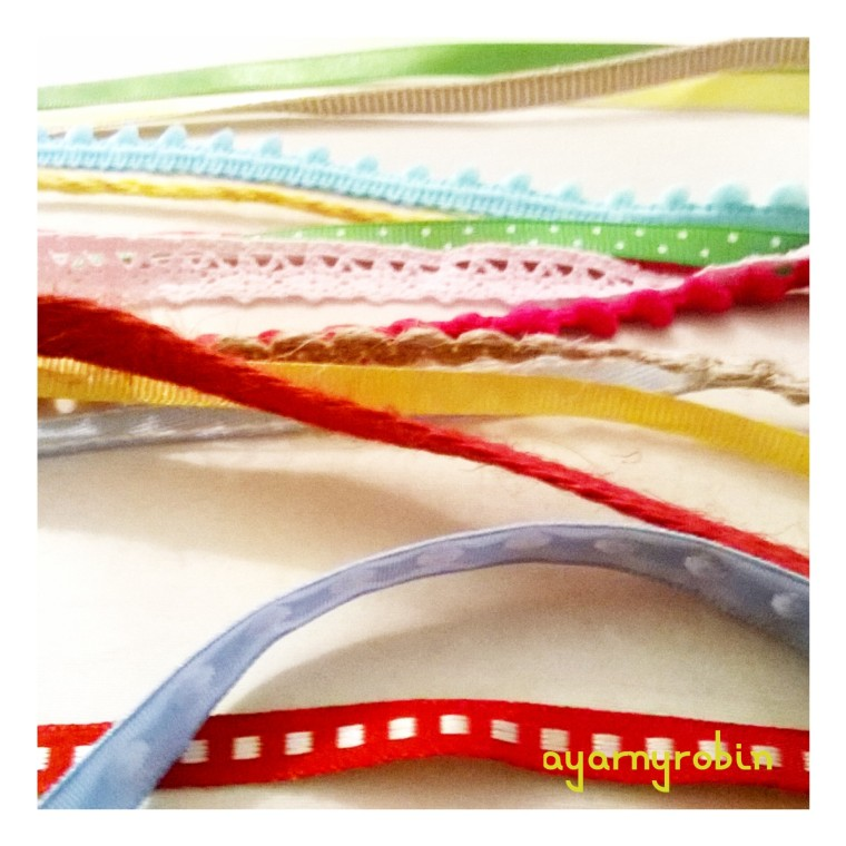ribbons, ayarnyrobin free pattern