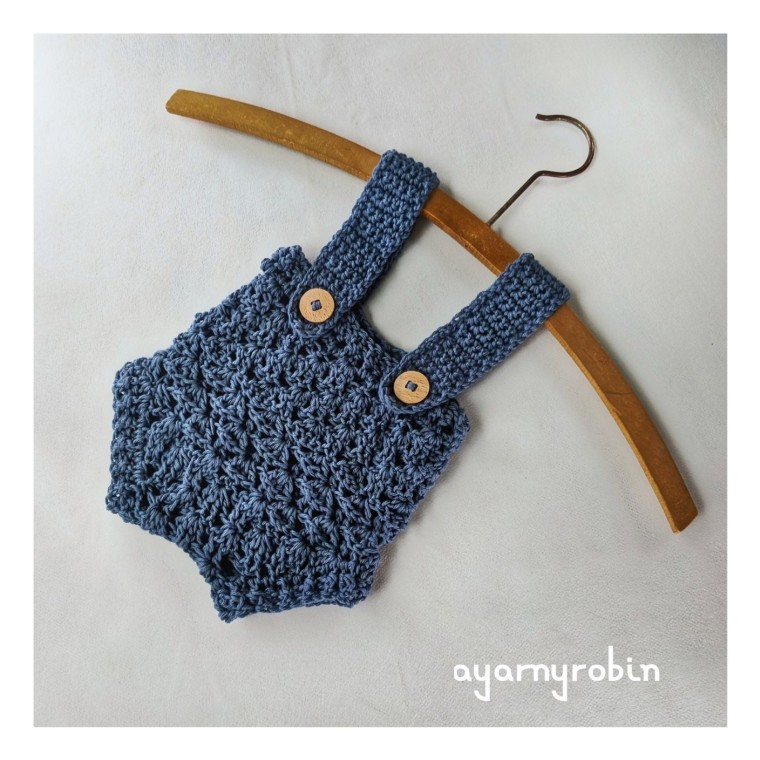 crochet baby clothes