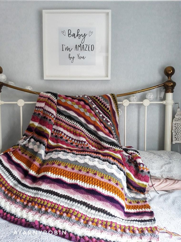 mixed stitch blanket